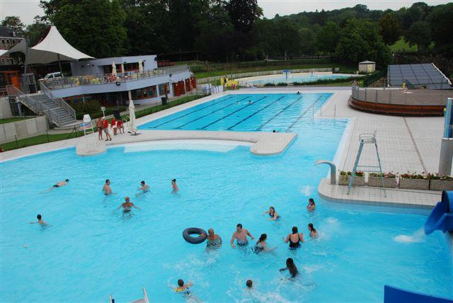 Piscine province de li ge for Piscine briancon horaire