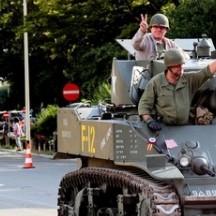 Militärsäule der Souveni r- 75. Befreiung von Lüttich