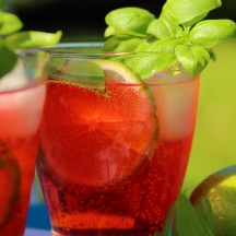 Mocktail 1 : fraises-basilic pétillant