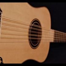 R. Salvador, guitare romantique