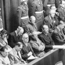 1945-46, procès de Nuremberg contre 24 hauts responsable nazis