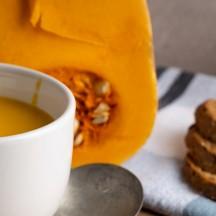 Velouté de butternut, carottes et curry
