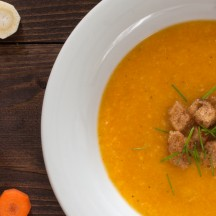 Soupe de carottes, panais et coriandre