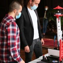 René Sommerain et Kevin Heusdain, vainqueurs du concours Robotix