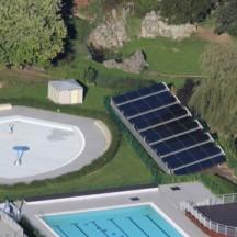 Vue aérienne du complexe de piscines