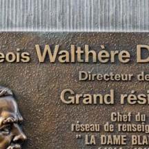 Plaque Walthère Dewé, rue de l'Université à liège