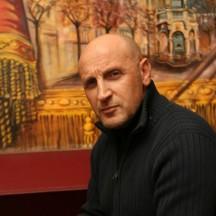 Joseph Ficarrotta : puppet player