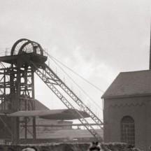 Transport du charbon par brouette/G.Marissiaux (1904)