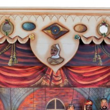 Le castelet : décors et marionnettes