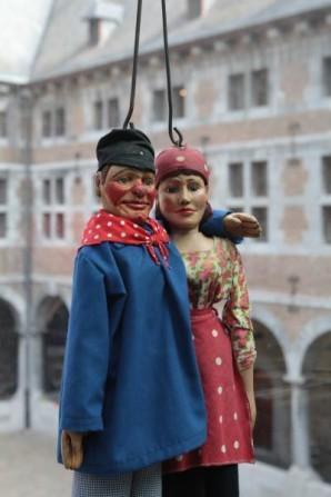 Tchantchès et Nanesse Montreur au Théâtre de Marionnettes