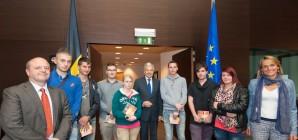 """Concours """"Journée de l'Europe"""" 2013 : L'IPES de Huy et l'Ecole de Büllingen se distinguent."""