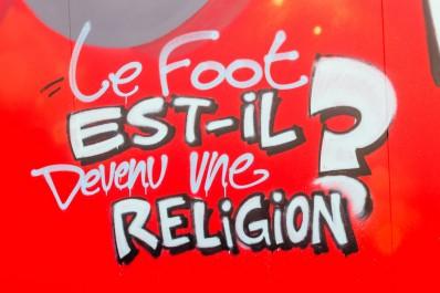 Le Foot est-il une religion?