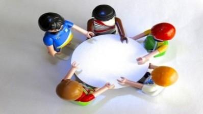 Des tables pour les profs de néerlandais