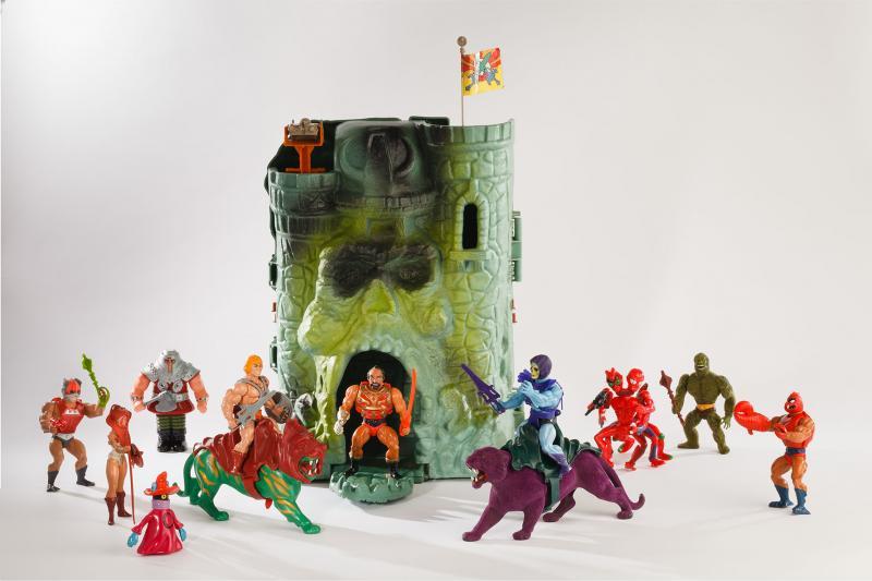 Figurines Les maîtres de l'Univers et forteresse Château des ombres, plastique, de marque Mattel, 1982, collection Retroludix asbl.