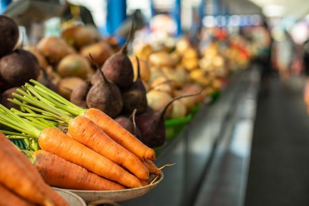 Des produits locaux et de saisons dans les cantines