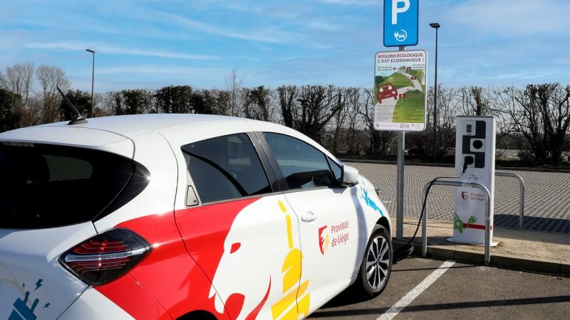 Bornes de rechargement pour une mobilité durable
