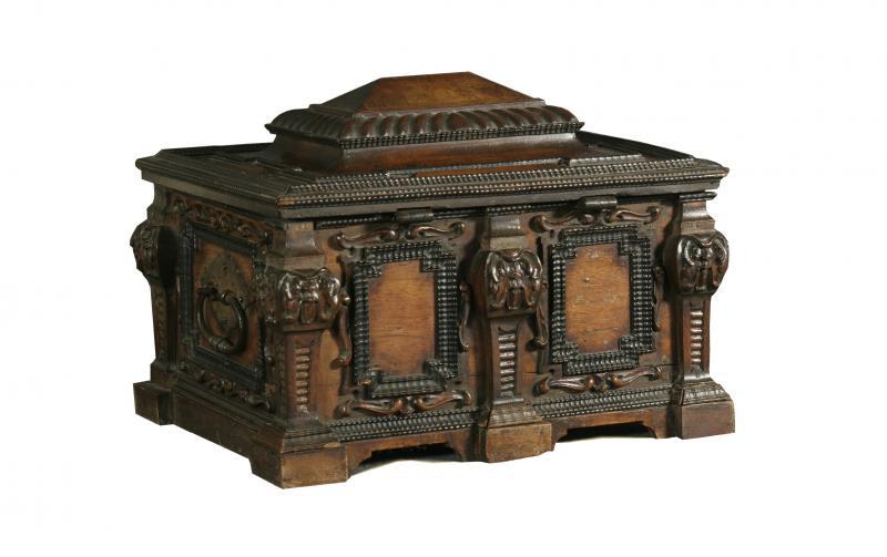 Petit coffre - Province de Liège - Collections du Château de Jehay ©